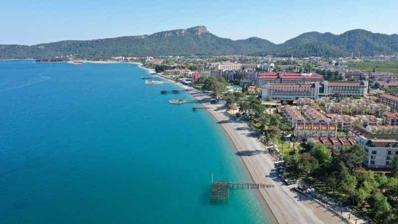 Antalya'da turizmcilerden ortak karar