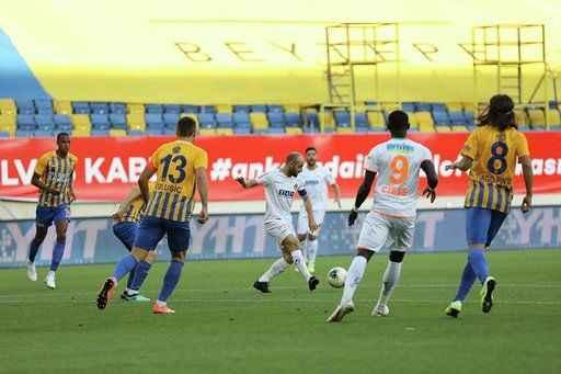 Alanyaspor'dan muhteşem galibiyet 1-4