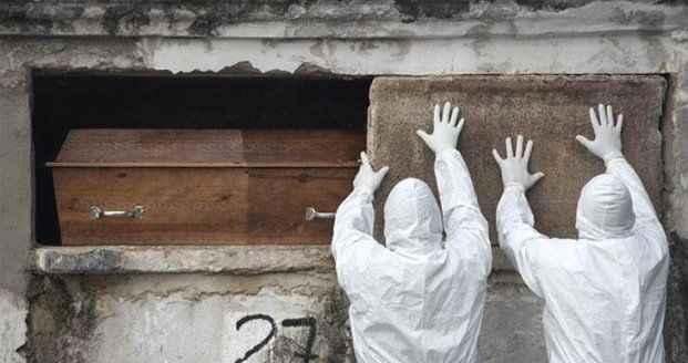 Koronavirüs 3 ülkede etkisini yitirmiyor! Bir günde toplam 2492 ölüm yaşandı