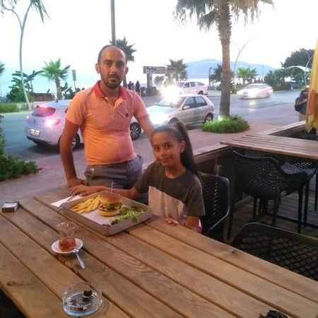 Alanya'da baba-kız başbaşa