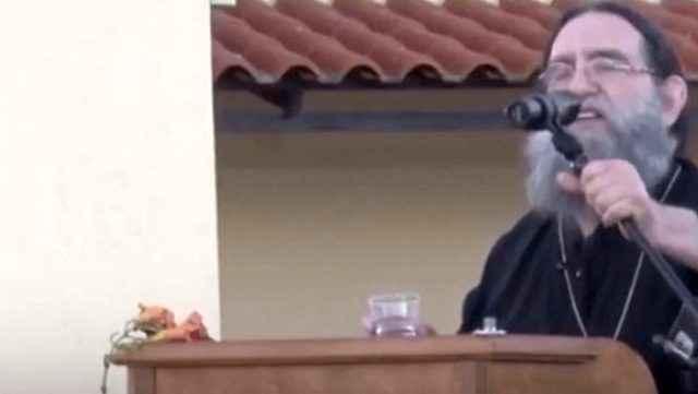 Yunan papaz linci göze alıp Ayasofya hakkında bunları söyledi
