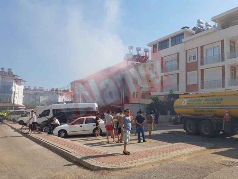 Manavgat'ta ev yangınında can pazarı