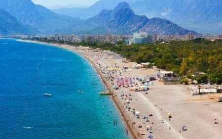Antalya'daki turizm hareketliliği hız kesmeden devam ediyor