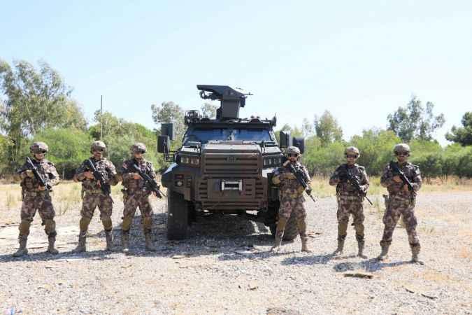 Antalya'da özel harekatın 'operasyon aracı' dakikalarla yarışıyor