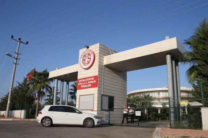 Fraport TAV Antalyaspor'da bazı futbolcuların Kovid-19 testi pozitif çıktı