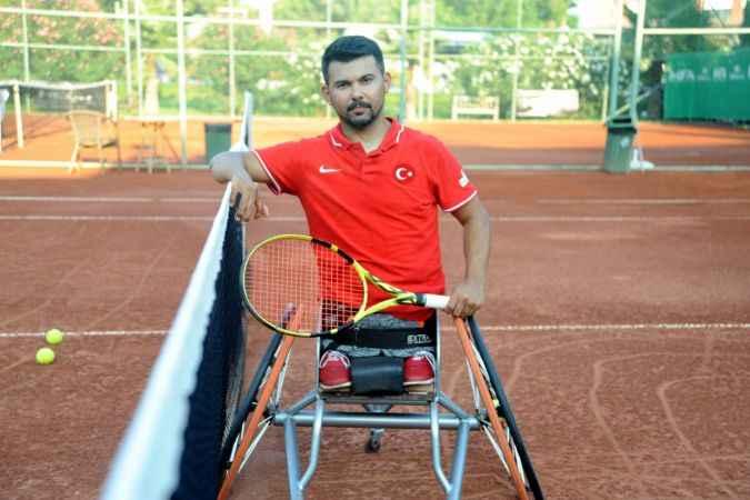 Kortların paralimpik yıldızı Uğur Altınel'in hedefi olimpiyat kotası almak: