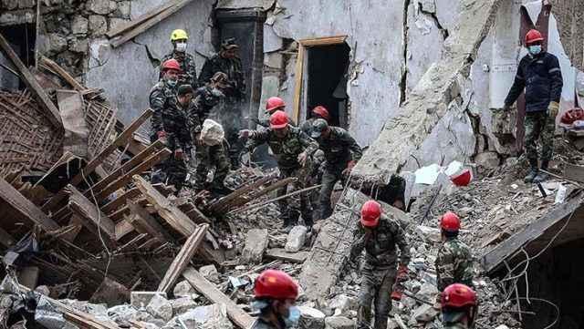 Ermenistan ateşkesi ihlal etti: Köylere bombalar düştü