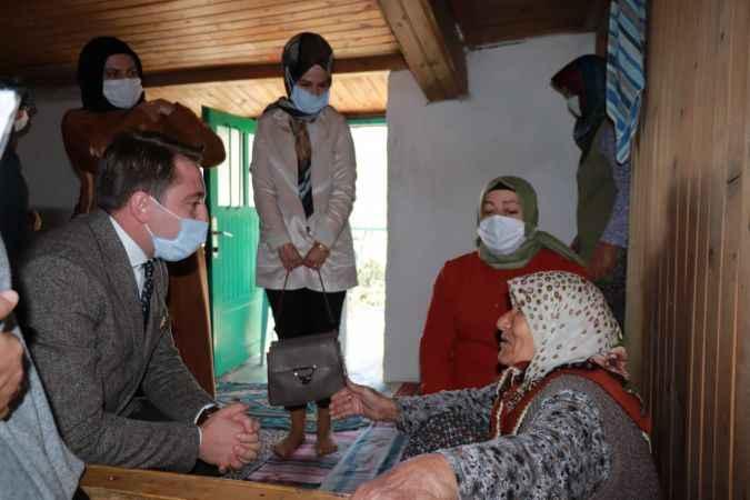 Antalya Valisi Yazıcı'nın eşi Hanife Yazıcı, şehit aileleriyle buluştu