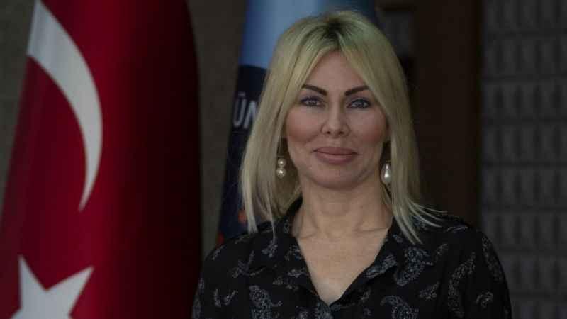 Kovid-19 aşısının gönüllü olarak testlerine katılan Prof. Dr. Özkan: Tek umudumuz aşı