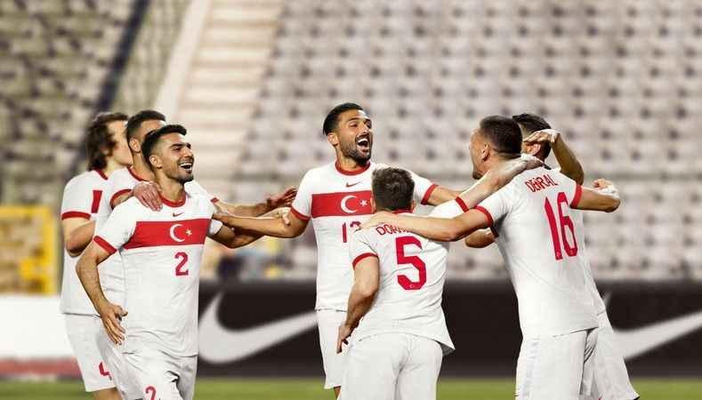 Alanya'da milli maç günü: Türkiye Azerbaycan karşılaşması Oba Stadyumu'nda