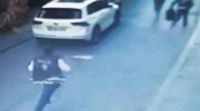 Cinsel ilişki yaşadığı kadına silahını ve cüzdanını kaptıran polis dehşet saçtı