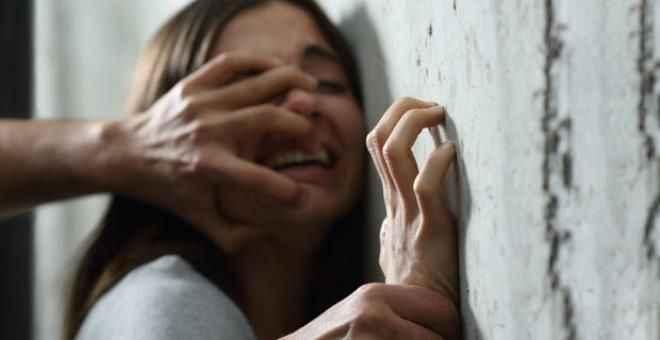 Mezarlıkta 5 kişinin cinsel saldırısına uğradıktan sonra görüntüleri internete sızan küçük kız intihar etti