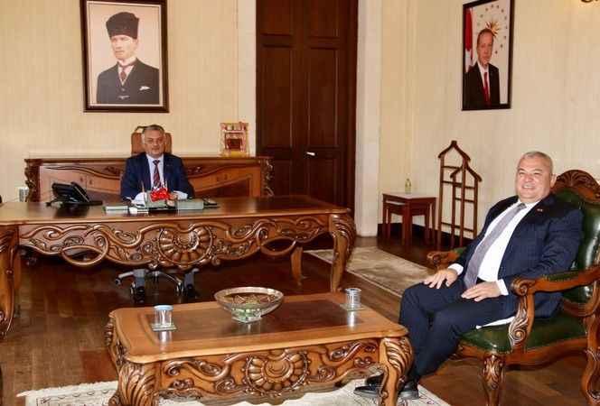 ALTSO Başkanı Şahin, Alanya için devrede