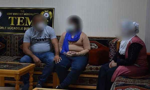 PKK'lı kadın terörist böyle teslim oldu!