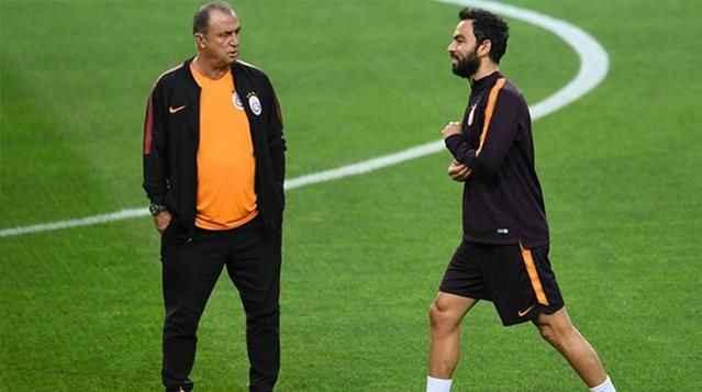Galatasaray sezonu Selçuk İnan ve Necati Ateş yönetiminde açacak