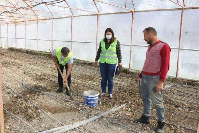 Antalya'da çiftçiye ücretsiz toprak analiz desteği