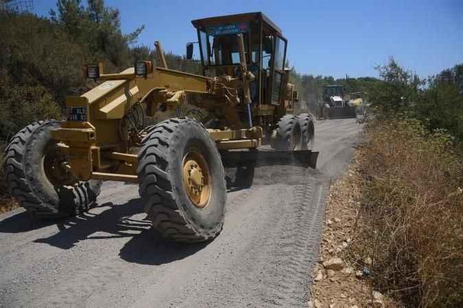 Alanya Belediyesi kırsalda yol yapıyor