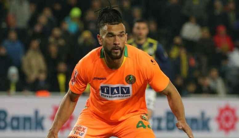Alanyaspor'un yıldızı Steven Caulker Fenerbahçe'de...