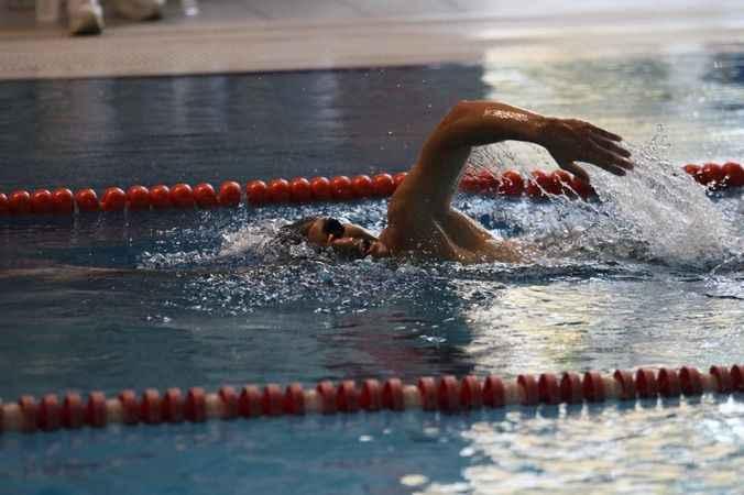 Alanya'da yüzme yarışları tamamlandı