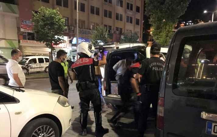 Polisten kaçtıkları otomobil ile kısa sürede yakalandılar