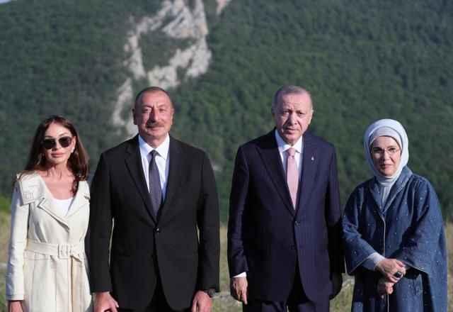 Azerbaycan'dan Cumhurbaşkanı Erdoğan'a büyük sürpriz! Aliyev hediye etti