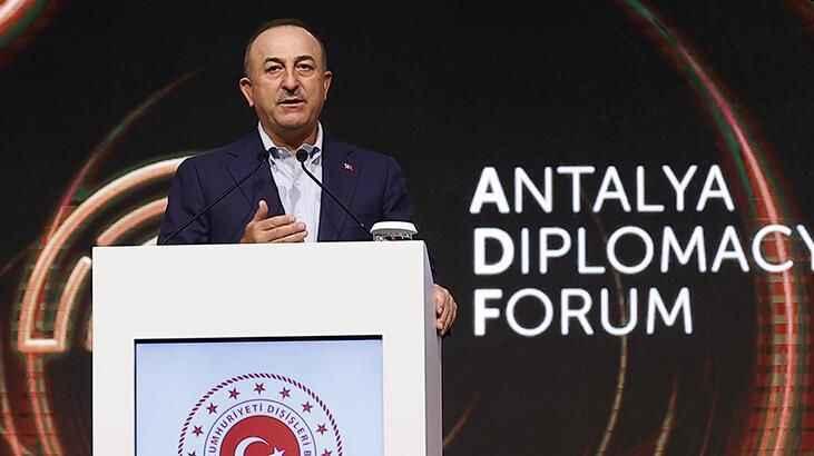 Alanyalı Bakan Çavuşoğlu'ndan çarpıcı konuşma
