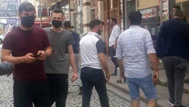 Korku dolu anlar! İstanbul'daki deprem sonrası vatandaşlar kendini sokağa attı