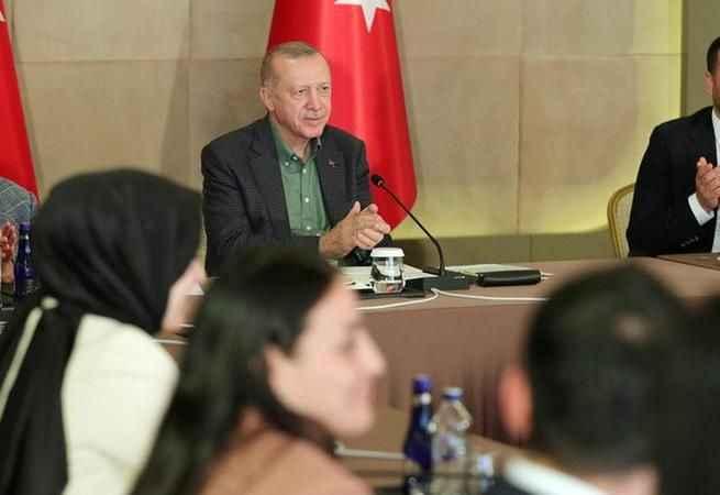 Cumhurbaşkanı Erdoğan gençlerle buluştu: Çok sürpriz bir cevap vereceğim