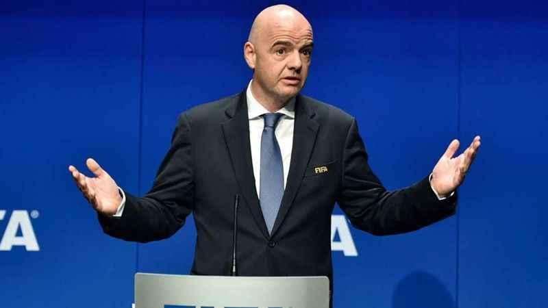 FIFA Başkanı Infantino açıkladı: Futbolda ofsayt kuralı değişiyor!