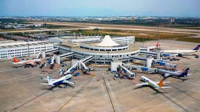 Rus turizmi başladı, Antalya hava trafiği yüzde 45 arttı