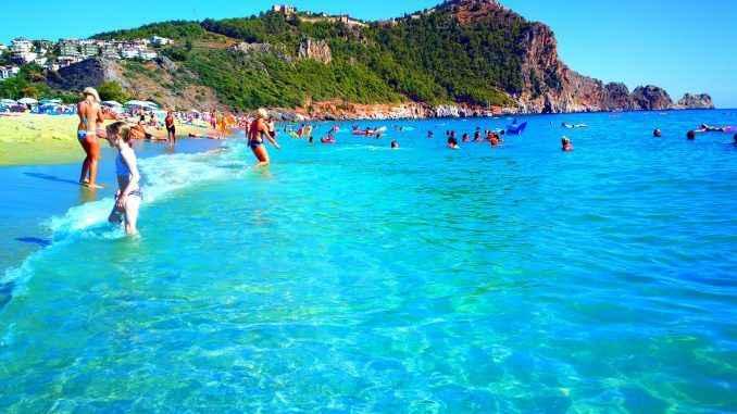 Alanya'ya moral dopingi: Turizm sezonunda uzama sinyalleri