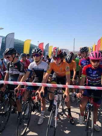 Türkiye Yol Bisikleti Şampiyonası'nda 7 sporcu ile Konya'daydık