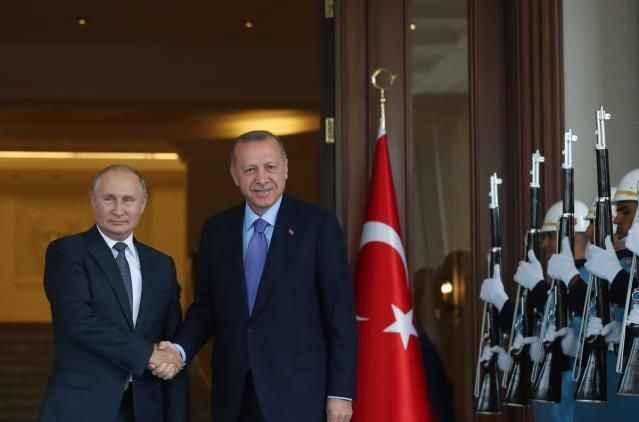 Cumhurbaşkanı Erdoğan, Putin'le görüştü! İşte masadaki önemli konular