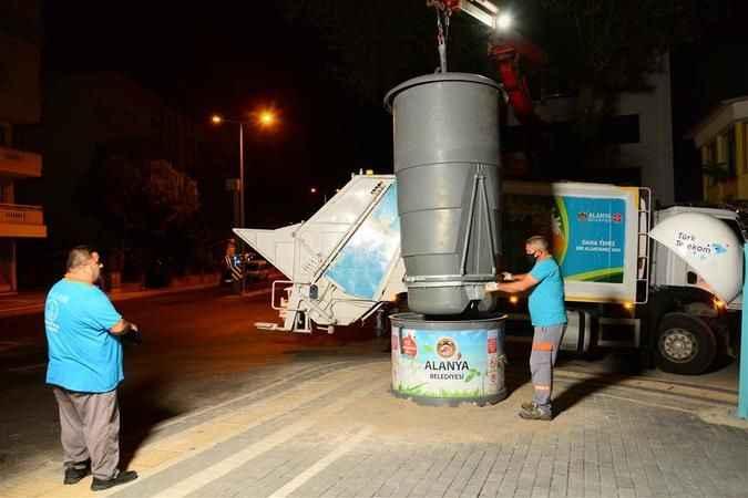 Alanya'da çöp toplamada yeni dönem!  Yeraltı konteynerları hizmete girdi