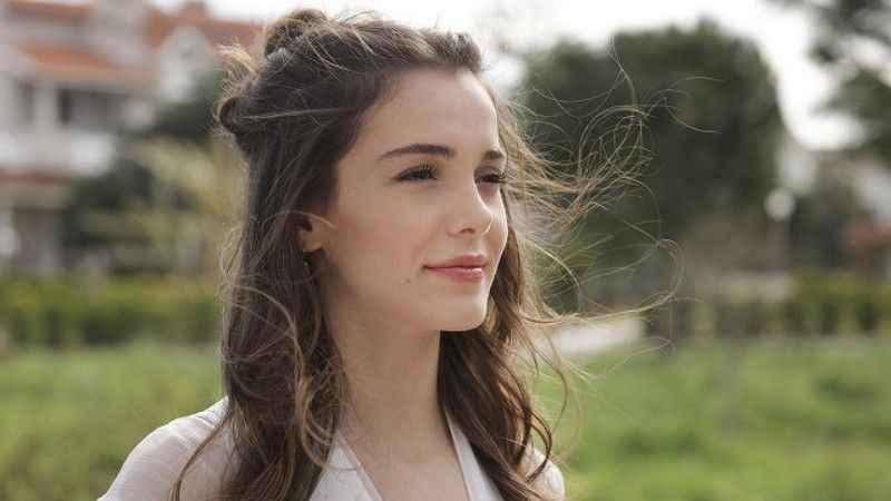 Türkiye Elmalı'yı konuşurken ünlü oyuncudan cinsel istismar itirafı: Dedem tarafından istismar edildim