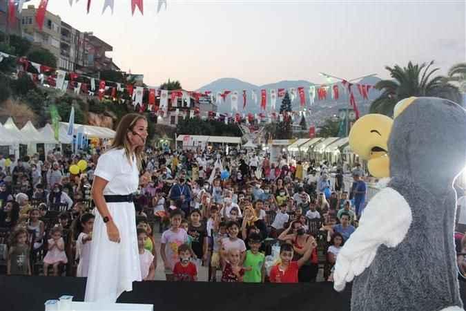3. Alanya Uluslararası Çocuk Festivali'nde Dodo caşkusu