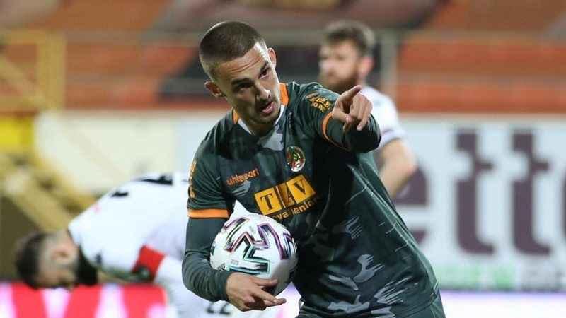 Alanyaspor'un genç yıldızı Berkan, Galatasaray'da