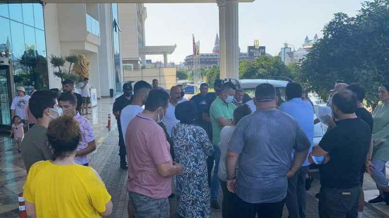Manavgat'ta otel ismi değişince onlarca tatilci mağdur oldu