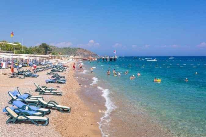 """Bakan Ersoy Antalya'ya müjde! """" Halk plajı projesi genişleyerek devam edecek"""""""