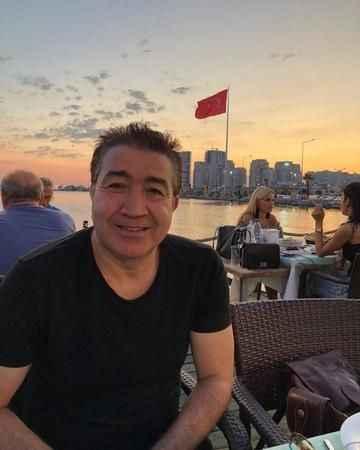 Tiyatro sanatçısı Turgay Yıldız hayatını kaybetti! İşte hayat hikayesi
