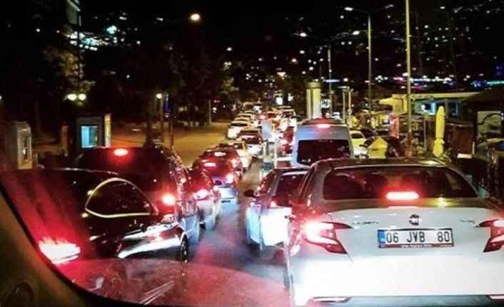 Alanya'da kale ve iskele trafiği kitlendi