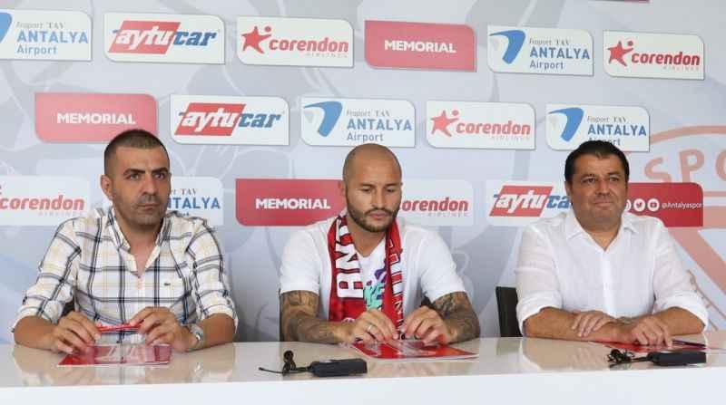 Fedor Kudriashov , FTA Antalyaspor'la nikah tazeledi