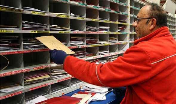 İngiltere'de postane çalışanlarına 1 milyon TL  tazminat ödenecek