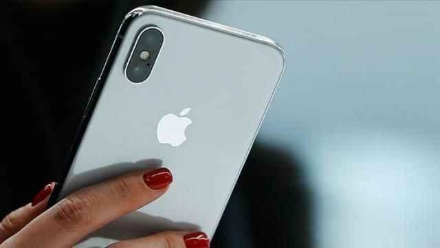 Türkiye'de iPhone sahiplerinin telefonları acı acı çaldı! Ekrana düşen bildirim ortalığı karıştırdı