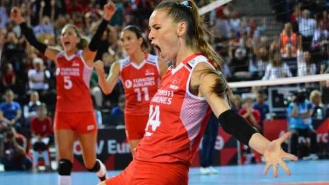 Kadın Voleybol Takımı kaptanı Eda, sözleriyle Türkiye'nin sevgilisi oldu!