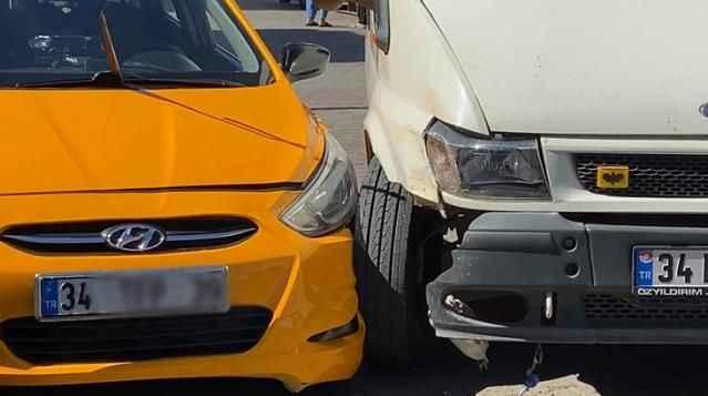 'Yol verme' kavgasında kan aktı! Taksici tartıştığı minibüs sürücüsünü vurdu