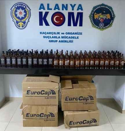 Alanya'da polisten sahte alkol operasyonu!