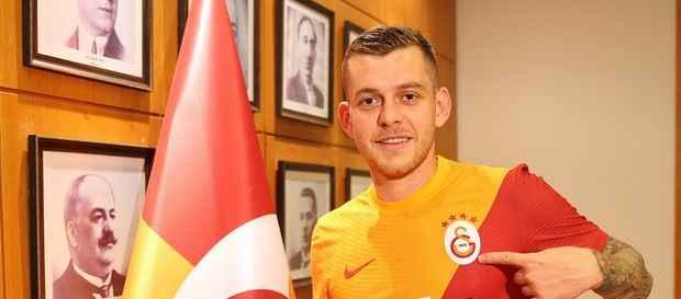 Galatasaray'a şok! Yeni transfer Avrupa Ligi listesinde yok...