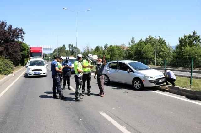 Korkunç kaza! Yürürken kamyonun çarptığı kadın ağır yaralandı