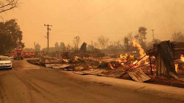 Türkiye'nin güneyi yanıyor! Manavgat ve Marmaris'ten sonra Bodrum ve Didim de alevlere teslim